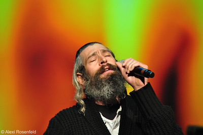 Matisyahu Performing at a Fundraising Concert in Los Angeles 2011
