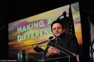 Jason Alexander speaking at the FIDF Los Angeles Gala 2012