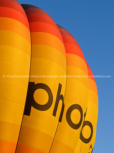 Colours of Photo.co.nz, hot air balloon, Balloons over Waikato, New Zealand, 2010.
