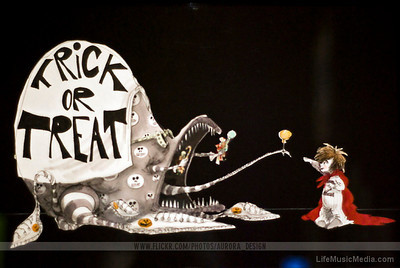 Trick or Treat  Photographer: Naomi R  LifeMusicMedia