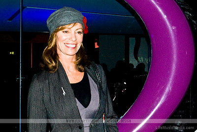 Kerry Armstrong  Photographer: Naomi R  LifeMusicMedia
