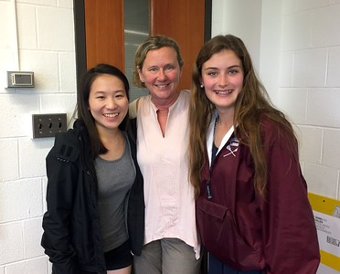 Business Club meets with Susan Hixson '84