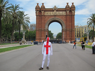 Sam bringing some much needed culture to Barcelona