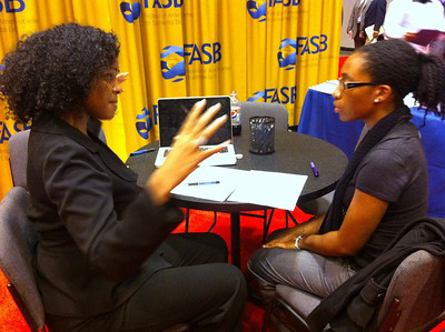 Ms. Naledi Saul provides a resume critique for an undergraduate student at ABRCMS 2011.