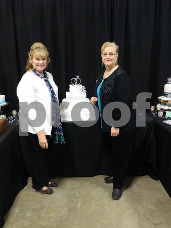 left to right: Linda Pingel and Larita Myers