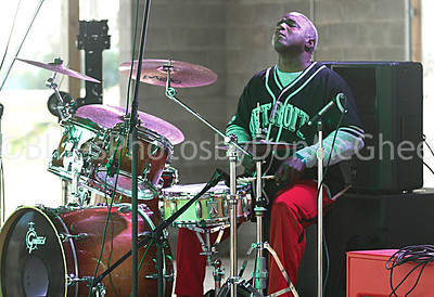 drummer - Jimmie Stagger band