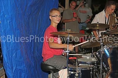Bean Blossom jam - drummer & sax player