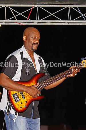 Johnny B Gayden w Larry McCray Band