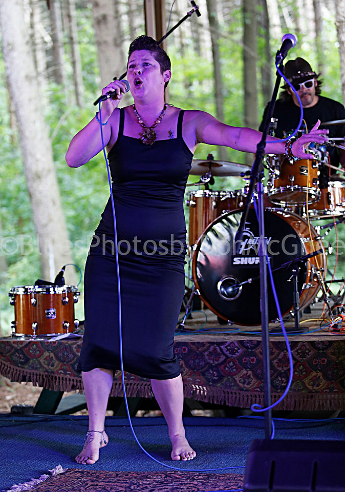 Molly Jones, Paulie Zimmer - I'm With Molly band