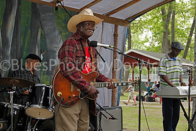 Butch, Glemie Beasley, Willie Willie Glemie Beasley and his Downhome Blues Band