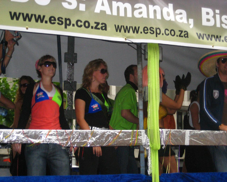 South Afrikan truck. There is also a Dance Parade in South Afrika. This is the organisation who took it there...