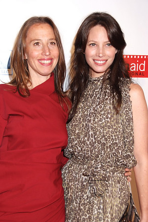 Caroline Baron, Christy Turlington photo by Rob Rich © 2008 robwayne1@aol.com 516-676-3939