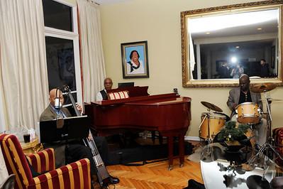 RECEPTION FUNDRAISER WAS HELD FOR CONGRESSWOMAN KAREN BASS AT THE HOME OF DORIS MCLANEY ON OCTOBER 23, 2014.   (Photos by Valerie Goodloe)