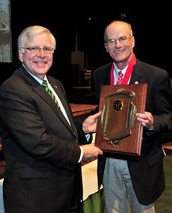President Kopp (left) with Dr. Frank Gilliam, professor of biological sciences, Distinguished Artists and Scholars Award, senior recipient in the fields of Science and Technology