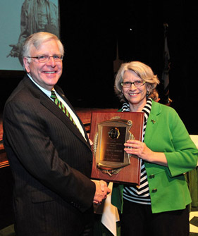 President Kopp (left) with Dr. Frances Hensley, Senior Associate Vice President for Academic Affairs and professor of history, Distinguished Service Award