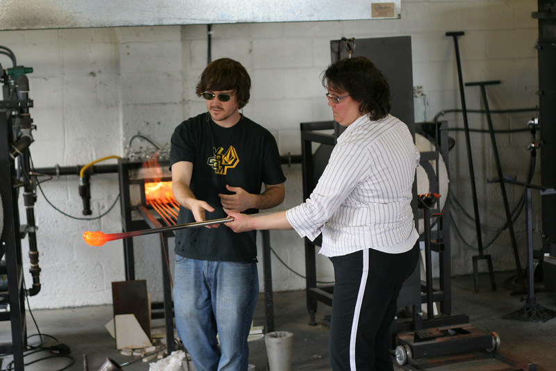 IMG_3150-caroline-vase-making: Caroline starts her vase.