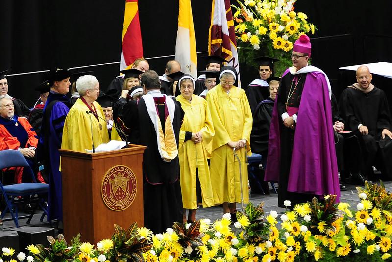 20120512_Sams_Graduation_093_out