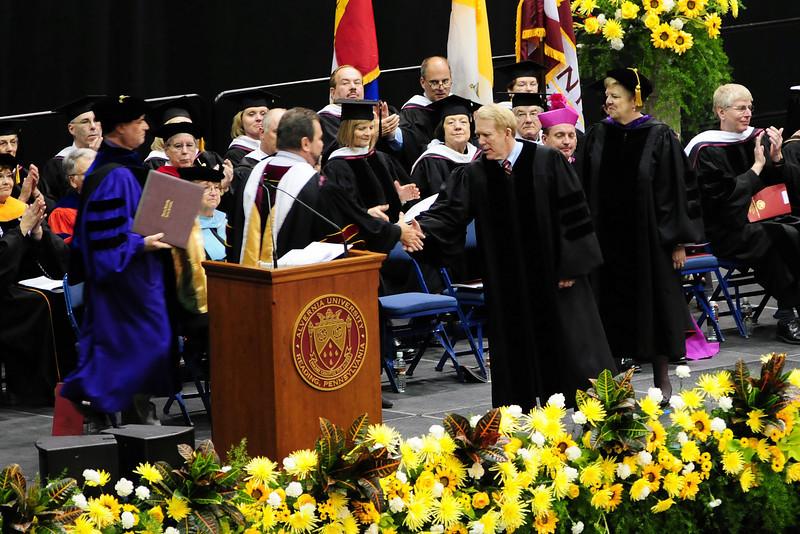 20120512_Sams_Graduation_072_out