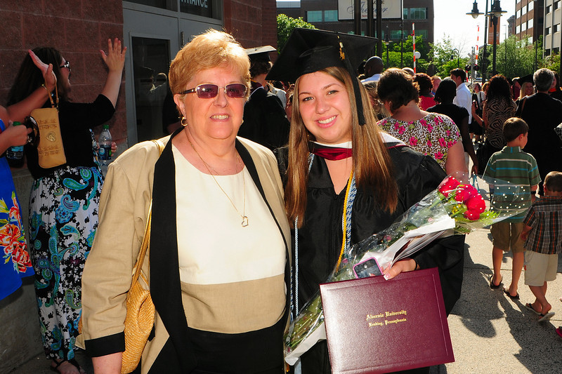 20120512_Sams_Graduation_196_out