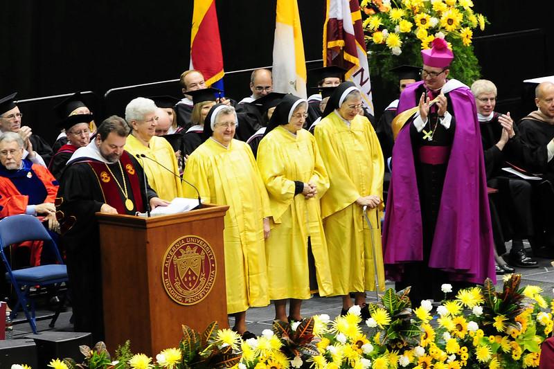 20120512_Sams_Graduation_092_out