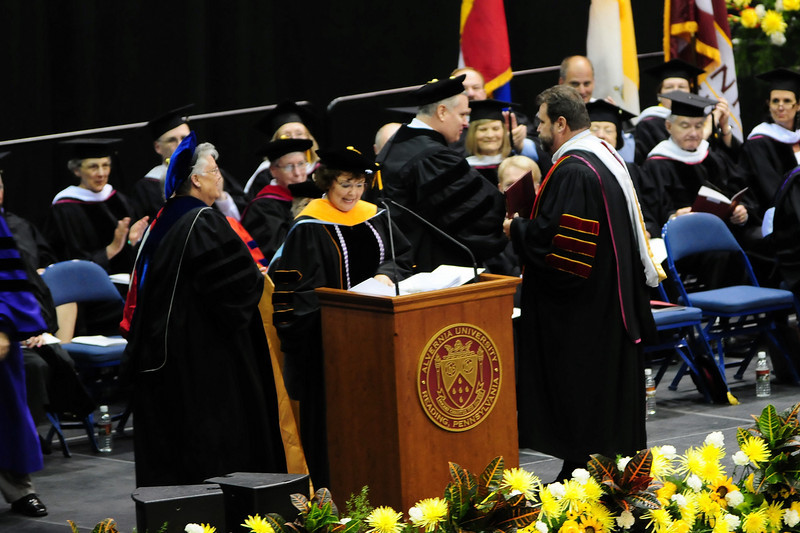 20120512_Sams_Graduation_104_out