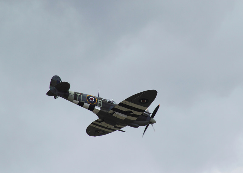 Supermarine Spitfire flying at the Farnborough Airshow 2010