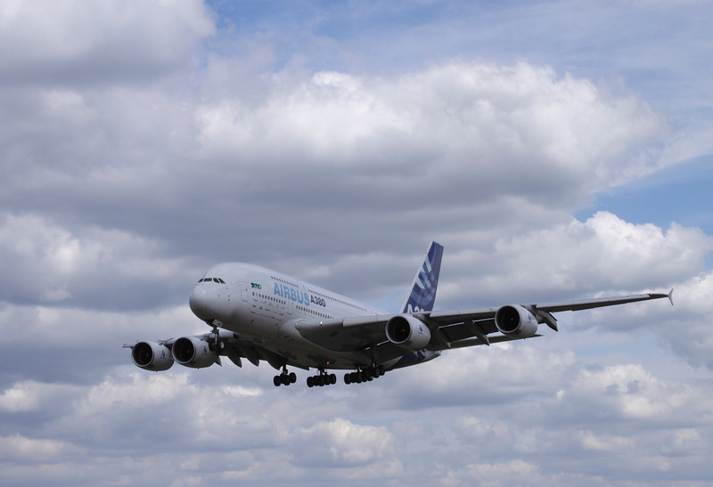 A380 Airbus landing at Farnborough Airshow 2010