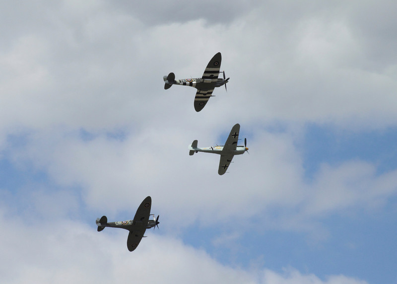 Spitfire Hurricane and ME 109 in formation Farnborough Airshow 2010