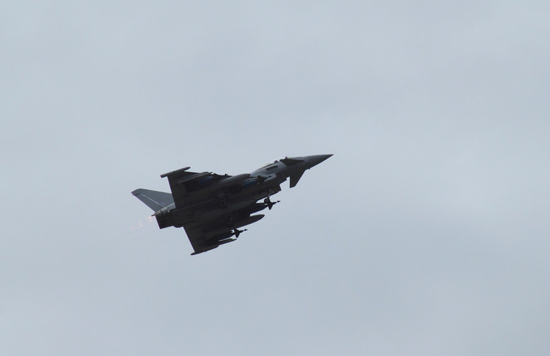 Eurofighter Typhoon flying at the Farnborough Airshow 2010