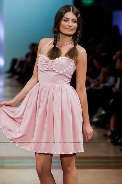 Wellington Fashion Week Fashion Parade_120420_1065
