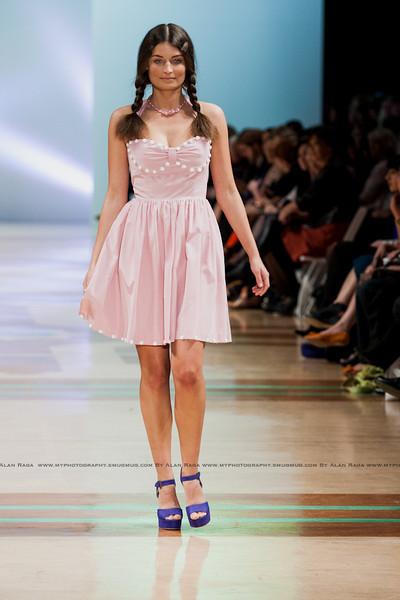 Wellington Fashion Week Fashion Parade_120420_1061