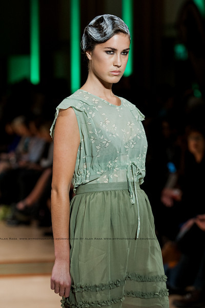 Wellington Fashion Week Fashion Parade_120420_0636
