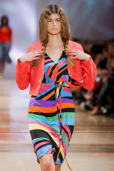 Wellington Fashion Week Fashion Parade_120420_0570