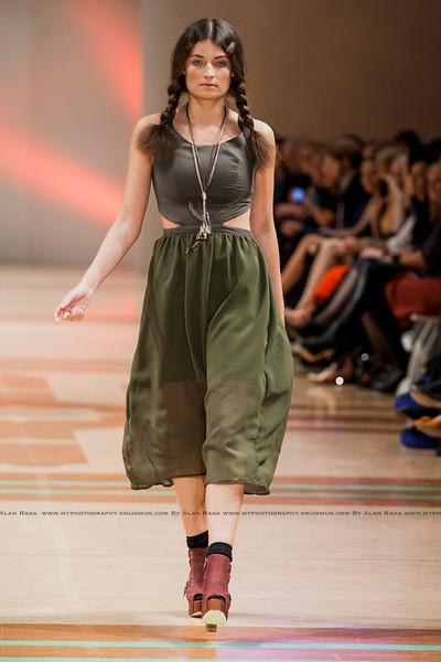 Wellington Fashion Week Fashion Parade_120420_0799