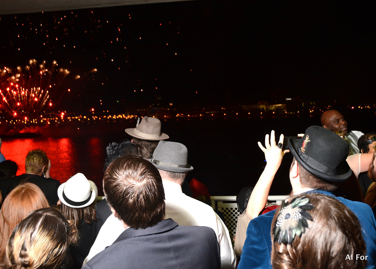 Dec 31, 2013  NYE 2013-Vintage Style-The Independence Seaport Museum