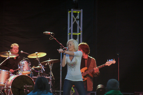 """Country Music Star and 'American Idol' Kellie Pickler in concert at the 2007 National Cherry Festival in Traverse City Michigan.  For more information about Kellie Pickler, <a href=""""http://www.kelliepickler.com"""" target=""""_blank"""">click here</a>."""