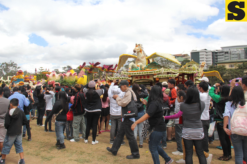 Visitors and guests were allowed to take pictures of the Panagbenga 2014 Grand Float Parade