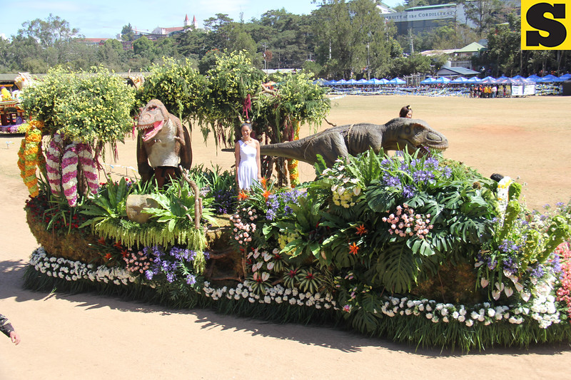 Dinosaur Islands joins Panagbenga 2014 float parade