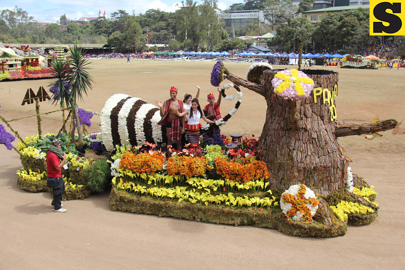 AMA Baguio joins Panagbenga 2014 grand float parade