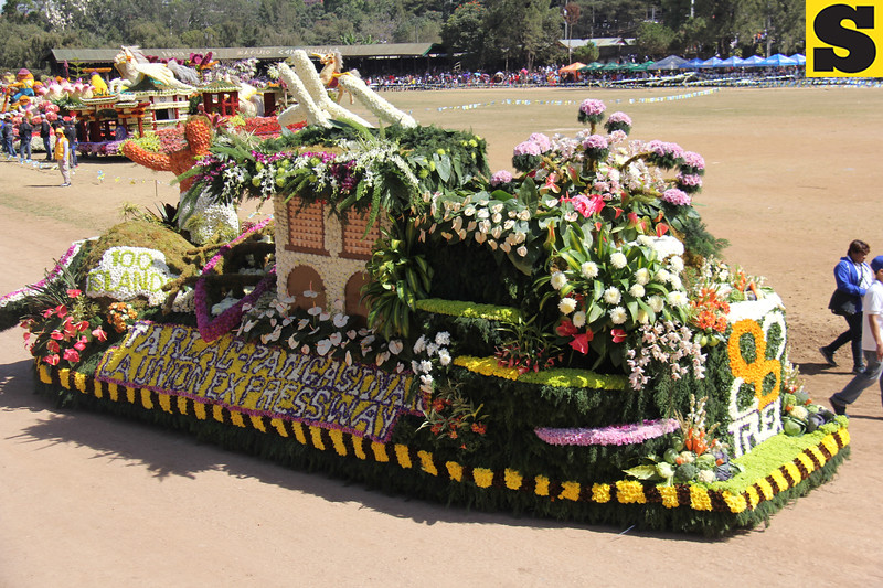 Tarlac-Pangasinan-La Union Expressway joins Panagbenga 2014 float parade