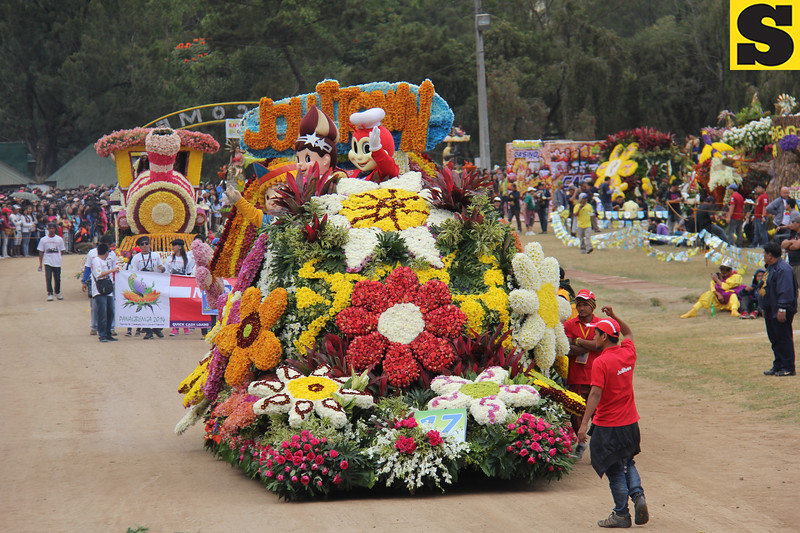 Jollibee joins Panagbenga 2014 float parade
