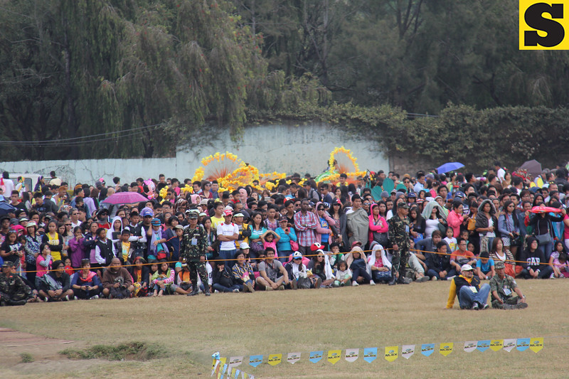 Crowd watching Panagbenga 2014 street dance presentation