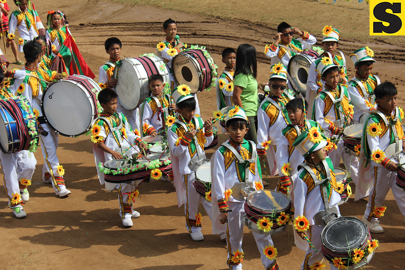 Children joining Panagbenga drum and lyre competition