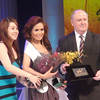 Ms Cebu 2012 candidate #7 Ella Beverly P. Sarmago receives the Miss Friendship award. (Sunnex photo)