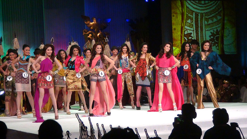 The Ms Cebu 2012 candidates. (Sunnex photo)