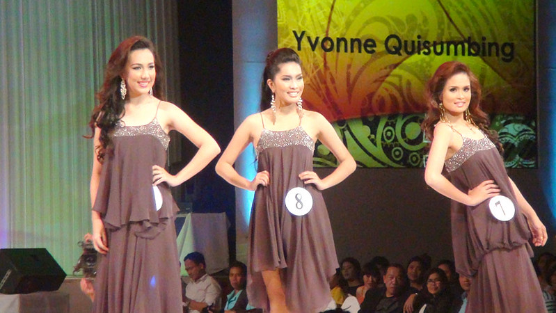 Ms Cebu 2012 candidates 7, 8 and 9 in their swim wear. (Sunnex photo)