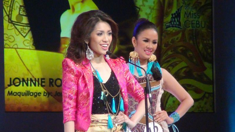 Ms Cebu 2012 candidate #10 Jonnie Rose Louise R. Wee of Velez College. (Sunnex photo)