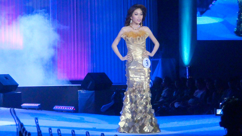 Ms Cebu 2012 candidate #3 Mary Hazel Haruka T. Watabe of Cebu Doctors University in her evening gown. (Sunnex photo)