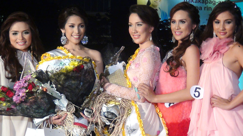 Ms Cebu 2012 candidates. (Photo by Jean Mondonedo/Sunnex)