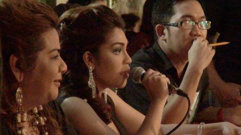 Sinulog Idol 2012 judges (from left) Jay Unchuan, Apple Abarquez, and Mark Ryan  Borinaga. (Sunnex photo)